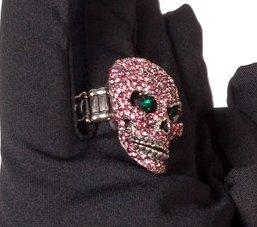 Ring doodskop met diamant roze