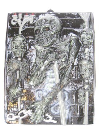 Wand decoratie dood met ketting