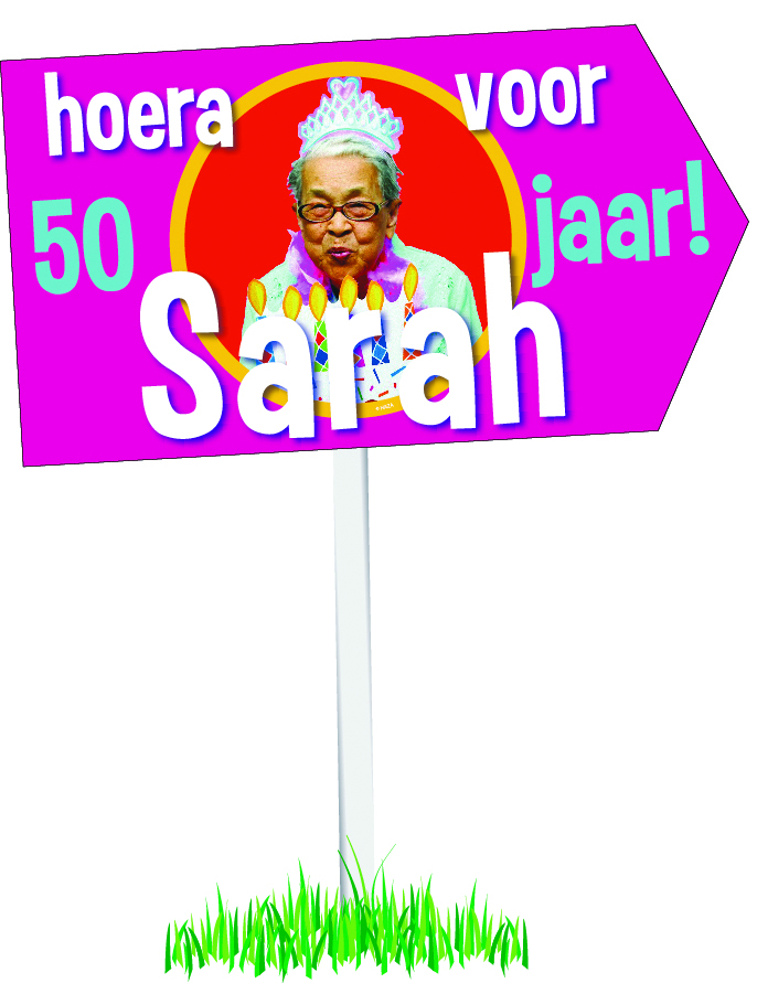 Tuinbord Sarah.