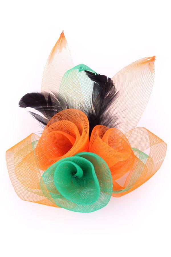 Broche tule 3 bloemen met veertjes oranje/groen/oranje