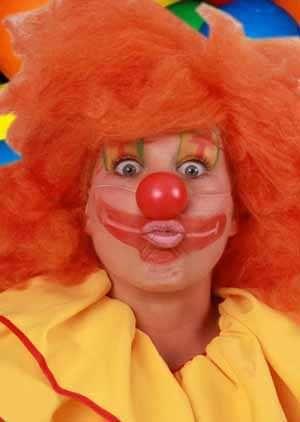 Clownsneus met elastiek per stuk