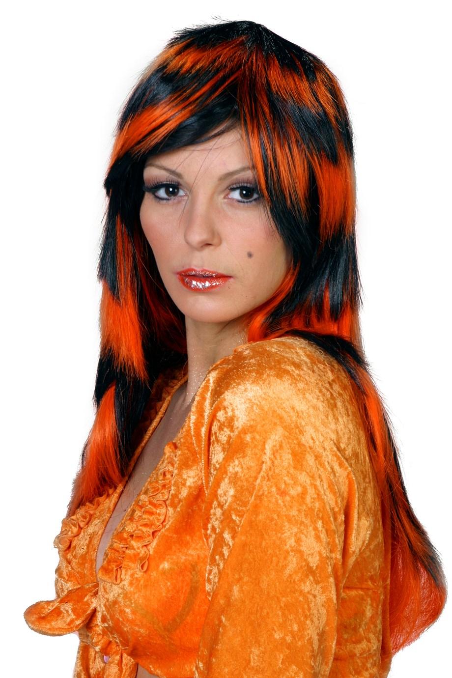 Laagjes pruik oranje