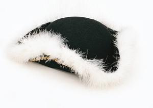 Dansmarietje hoed zwart met zilveren band
